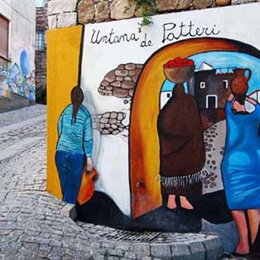 Visita il centro di Orgosolo ed i suoi Murales